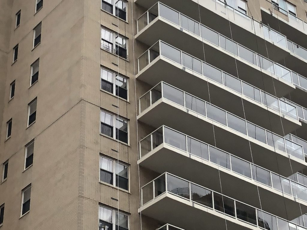 הוספת מרפסת בבניין